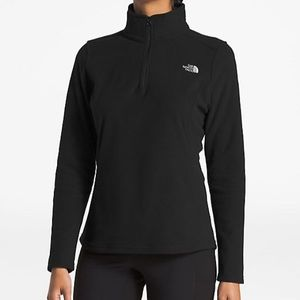 The North Face half zip pullover fleece size small